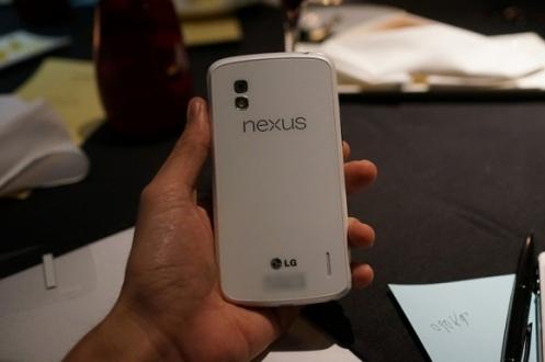 nexus4_white3
