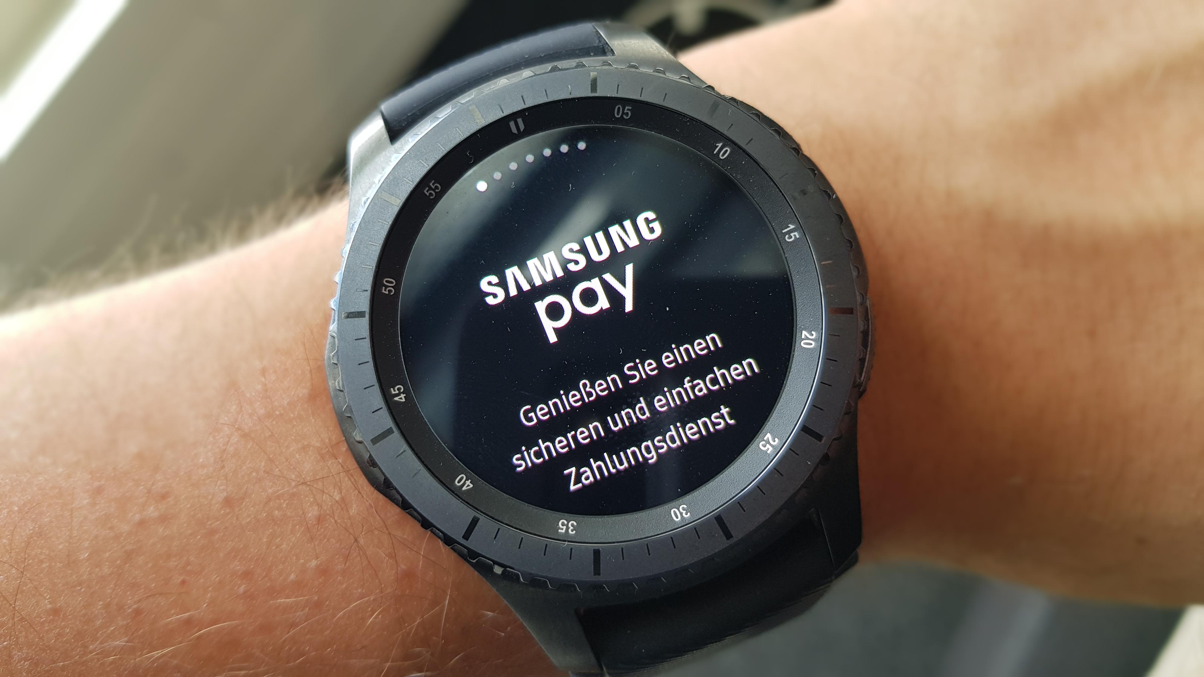 Photo of Samsung Pay ab sofort auf der Gear S3 verfügbar