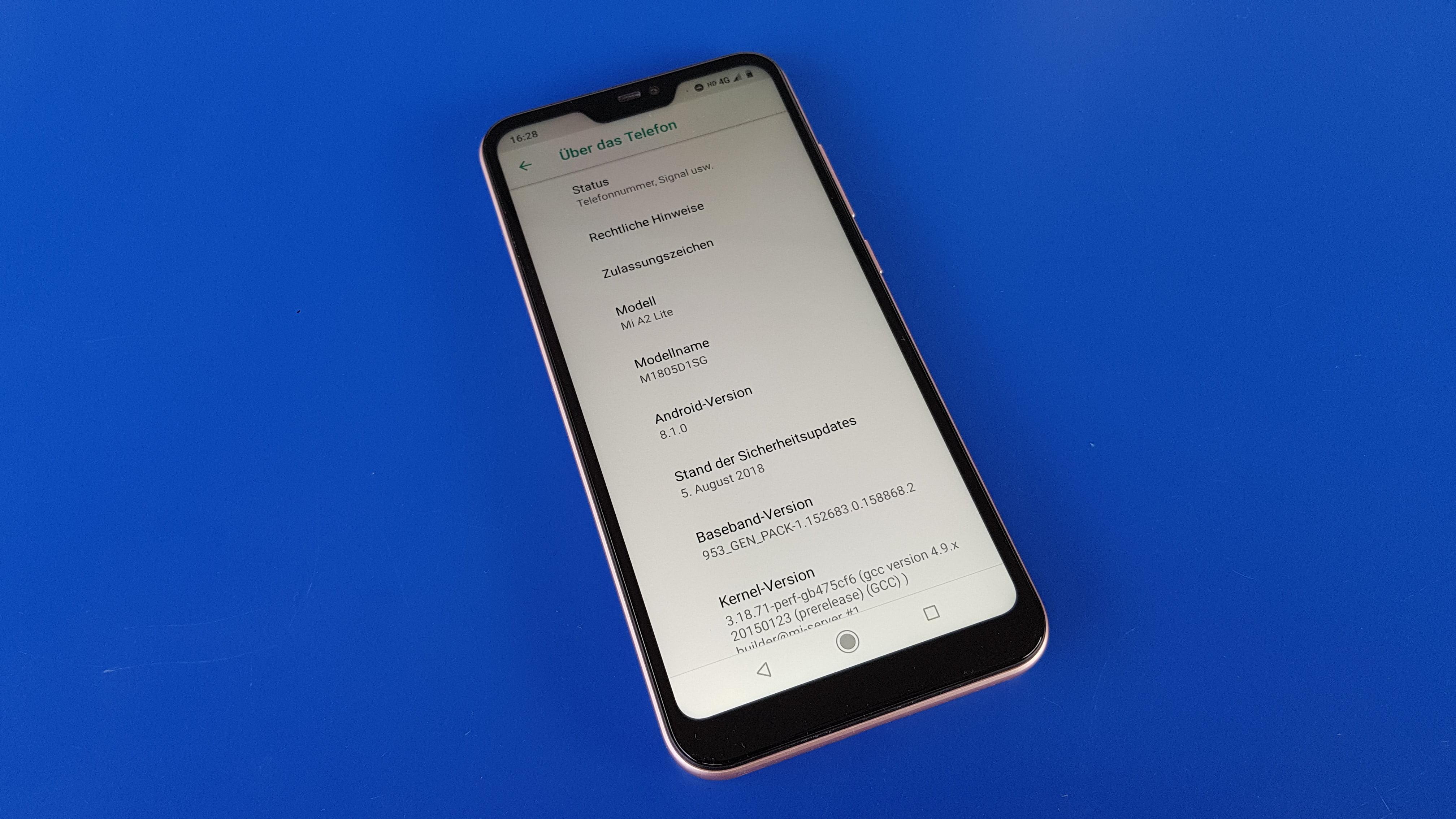 """In den Systemeinstellungen ist mir lediglich eine Anpassungen von Xiaomi aufgefallen Unter dem Menüpunkt """"Töne"""" gibt es den """"Headphones & audio effects"""""""